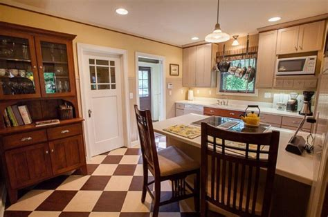 claude s home improvement blog gorgeous 1920 s cottage a 1920s bungalow for sale in spokane hooked on houses