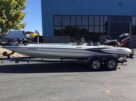 used triton boats for sale in florida triton new and used boats for sale