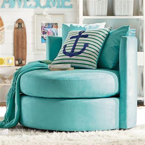 comfy chairs for bedroom teenagers best 25 teenage beach bedroom ideas on pinterest girls