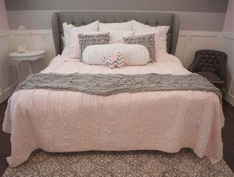 gray girl bedroom 17 best ideas about gray girls bedrooms on pinterest