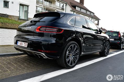 porsche macan all black macan out in the page 28 porsche macan forum