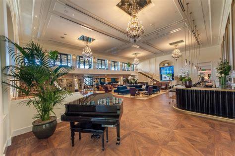 Santa Race Track Chandelier Room Santa Anita Donates Vintage Steinway Piano To Arcadia