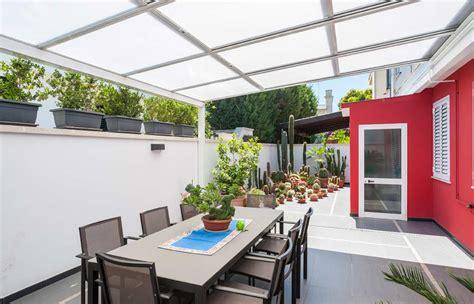 coperture per terrazzi mobili coperture mobili per terrazzi piscine e altri spazi esterni