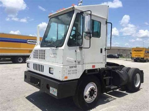 truck ottawa ottawa yt30 2007 daycab semi trucks