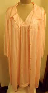 Vanity Fair Nightgowns Vanity Fair 2 Pc Peignoir Nightgown Set By