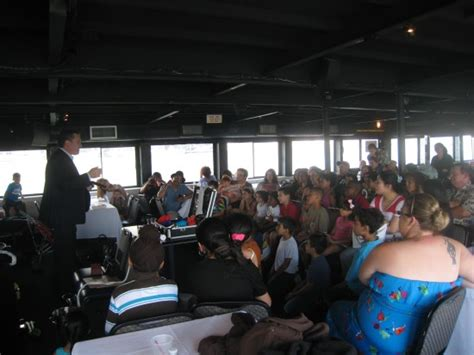 magic show boat ride nyc hire randy masters magician in new york city new york