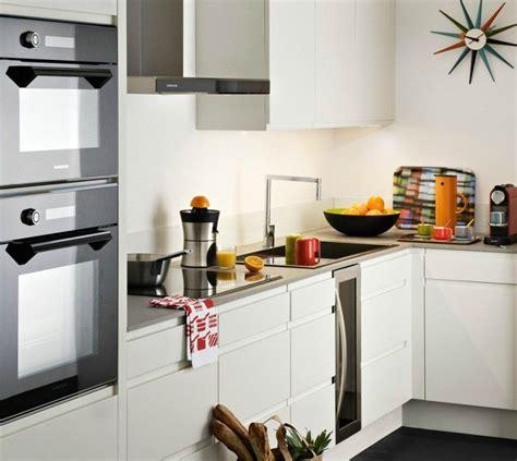 cocina lacada en blanco imagenes  fotos