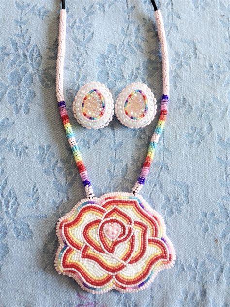 beadwork rose 169 best beaded medallions images on