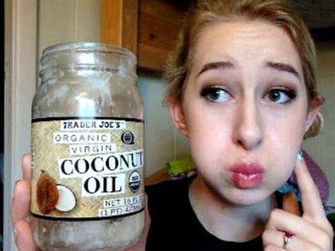 Minyak Kelapa Di Apotik gigi putih bebas plak gunakan minyak kelapa info obat