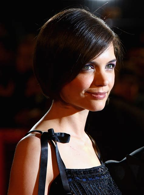 hairstyles popular  short bob hairstyle  oval