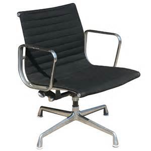 Herman Miller Chairs Herman Miller Eames Fiberglass Side Shell Chair Brown Ebay