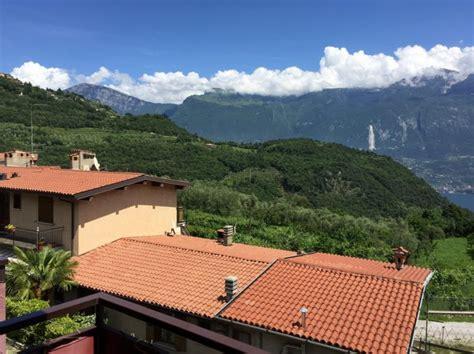 wohnung am gardasee preissenkung wohnung mit balkon und seeblick in priezzo