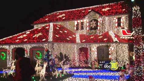 sanger family represents valley on great christmas light