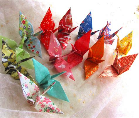 Traditional Japanese Origami - 14 wedding favors origami peace cranes japanese kimono