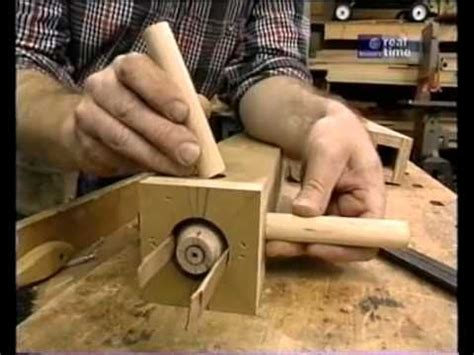 yankee workshop  ladderback chair woodworking