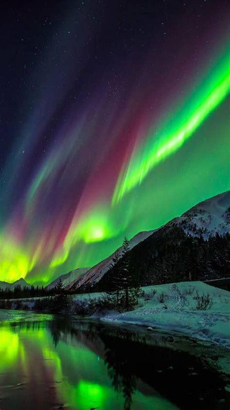 deneve aurora borealis night light aurora borealis iphone wallpaper www imgkid com the