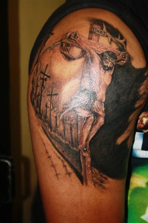 jesus face cross tattoo jesus on cross and optical illusion on half sleeve