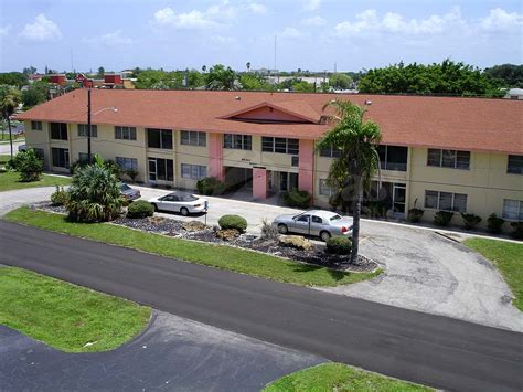 Miramar Manor At Downtown Cape Coral Condos Real Estate House Condos Miramar Fl
