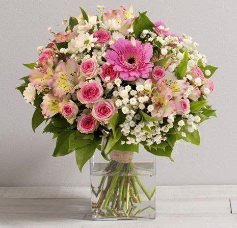 Bouquet De Fleurs Dans Un Vase by Bouquet De Fleurs Dans Un Vase