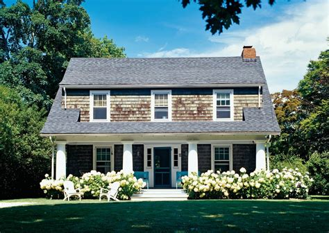 shingle style cottage the newlywed diaries hydrangea cedar shingles perfection