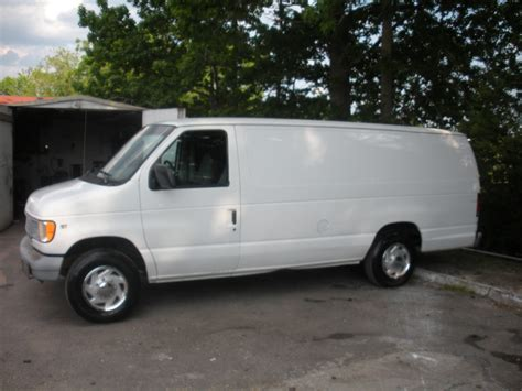 Ford E250 by 1997 Ford E250 Triton V8 Photo Picture Image On Use