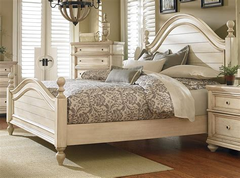 White King Size Bed by Antique White 6 King Bedroom Set Heritage Rc