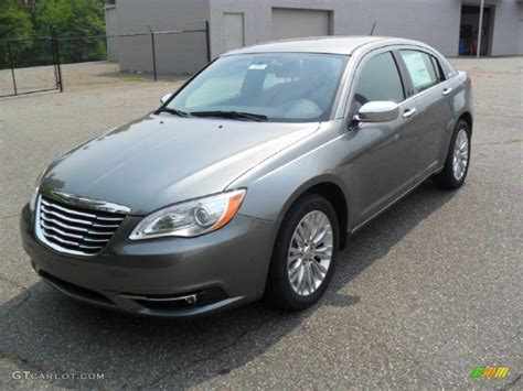 what color is tungsten metallic 2011 tungsten metallic chrysler 200 limited 50549889