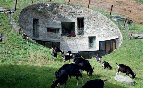 rundes haus bauen villa vals das haus im berg