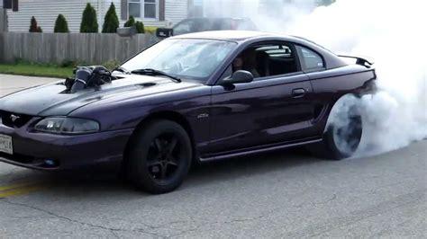 98 Cobra Auto Swap by 97 Mustang Gt 5 4 Lightning Swap Burnout Youtube