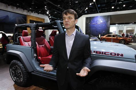 jeep boss mike manley next toledo built jeep expected to play huge role in