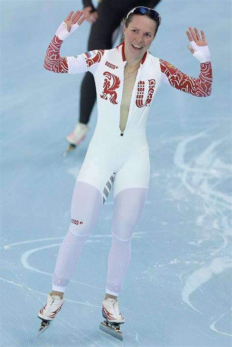 wardrobe malfunction in speed skating at isu world cup 10 images about women speedskating on pinterest