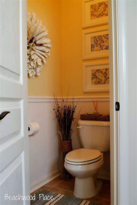 lovely small guest bathroom decorating ideas with small