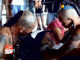 tato orang dayak tato suku dayak yang bernilai filosofis blognya krishna