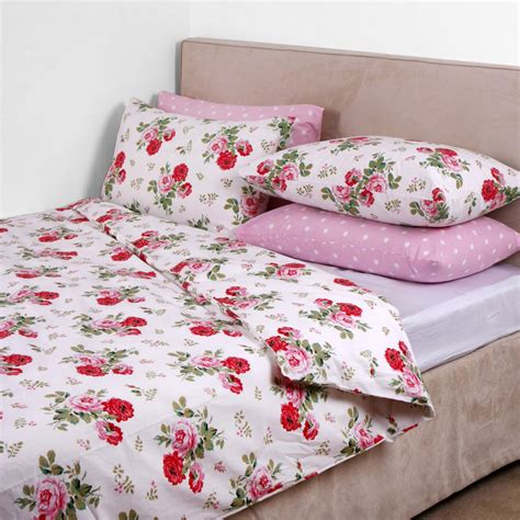 Cath Kidston Duvet Covers cath kidston antique bouquet duvet cover white at amara