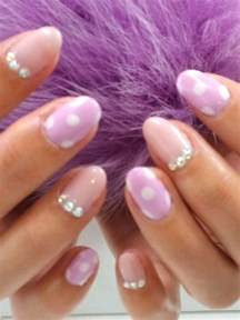 pretty nail art designs to try this summer
