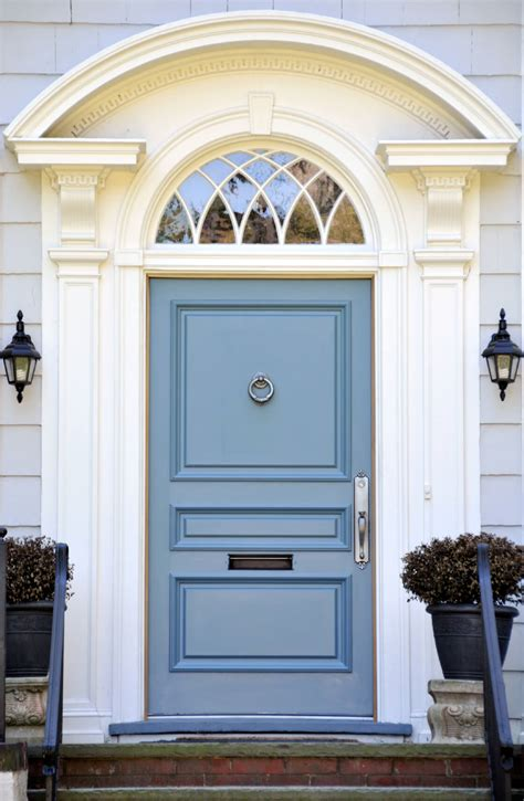 Blue Front Door | 21 cool blue front doors for residential homes