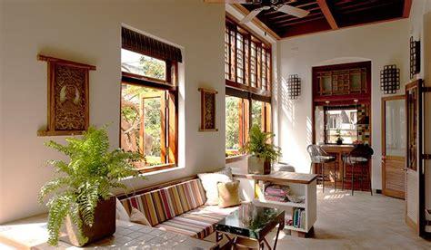 elegant  spacious period flat colaba mumbai prime