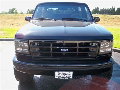 ford f150 halo lights led halo 1992 1996 ford bronco f150 f250 f350 projector