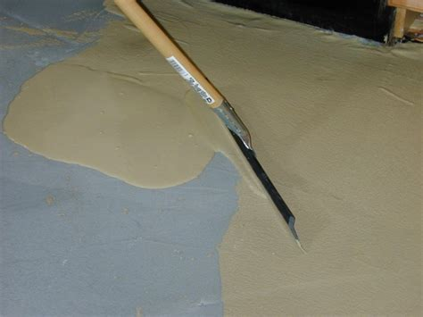 Concrete Floor Finishes Do It Yourself by How To Install A Skim Coat For A Concrete Floor How Tos