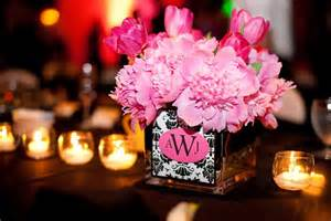 pink centerpieces pink goes glam erin volante floral
