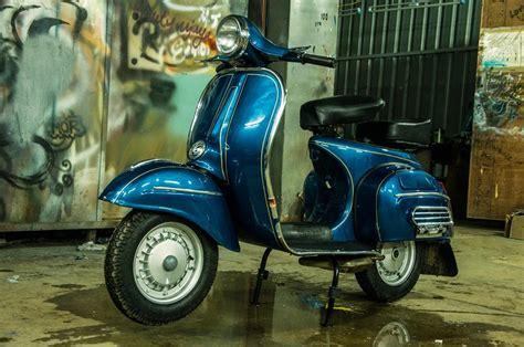 bajaj chetak new models restored 1982 bajaj chetak scooter by eimor customs