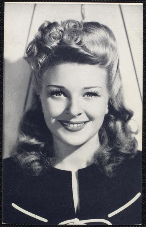 30s and 40s hairstyles 282 best b movie girls the 30s 40s images on pinterest