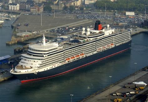 queen elizabeth ii ship queen elizabeth ii names huge new liner
