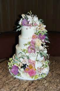 flowers for wedding cakes real wedding cakes of weddings and tiaras