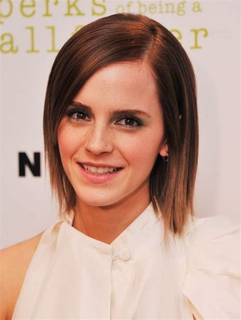 pictures of short straight haircuts 2012 2013 short emma watson sleek short straight hairstyles popular haircuts