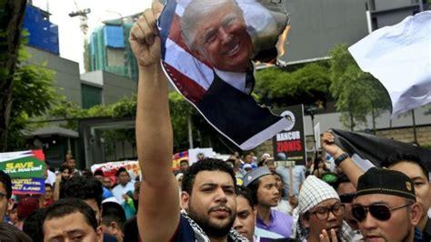 donald trump melawan dunia indonesia dan malaysia bergabung dalam demonstrasi global