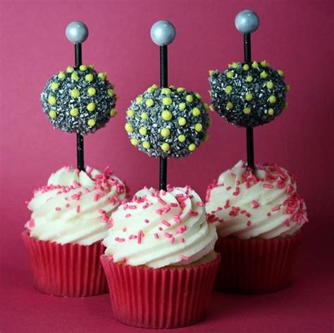 new year cupcake how to make drop cupcakes for new year s 171 cake