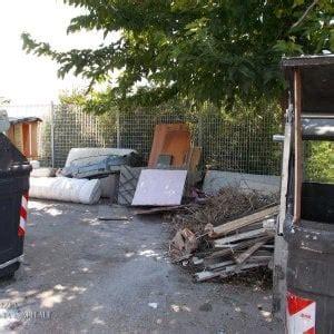 smaltimento mobili roma roma rifiuti ingombranti installazione climatizzatore