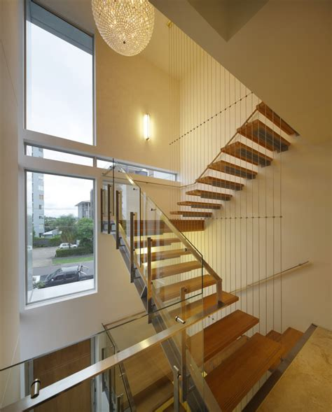 fascia fixed stairs flat handrail thump architectural