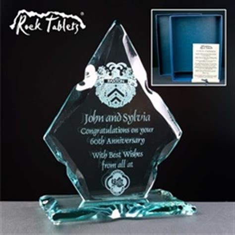 60th (Diamond) Wedding Anniversary Gift   Glass Engravers